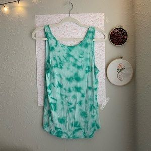 Green tie-dyed tank top